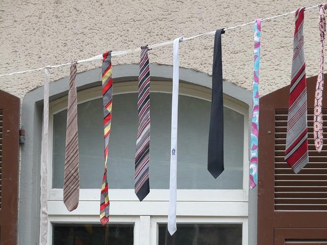 Ne az alsónadrágját, hanem a nyakkendő méretét kémleld!