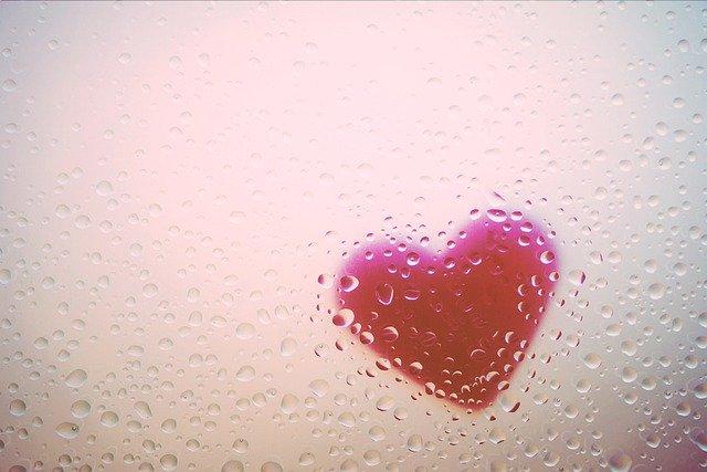 Nem a szerelemtől, a ragaszkodástól szenvedsz!