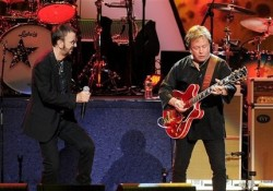 Rick Derringer útja a McCoys-tól Ringo Starr-ig