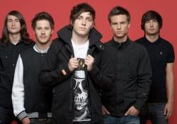 Meglepetésre, ismét angol banda vezeti az angol rocklistát