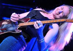 A blues ifjú, angol hercegnője szeptemberben új lemezzel jelentkezik