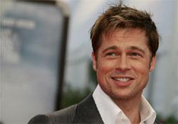 Brad Pitt támogatja a melegházasság melletti kampányt