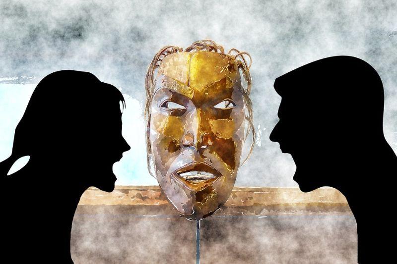 Mi a különbség a Pap, a Pszichológus, a Pszichiáter és a Parapszichológus között?