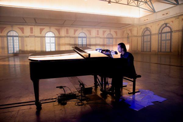 Idiot Prayer - Nick Cave új koncertfilmje országszerte a moziban